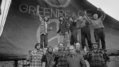 Bombas nucleares, alucinógenos y ballenas: 50 años del viaje iniciático de Greenpeace