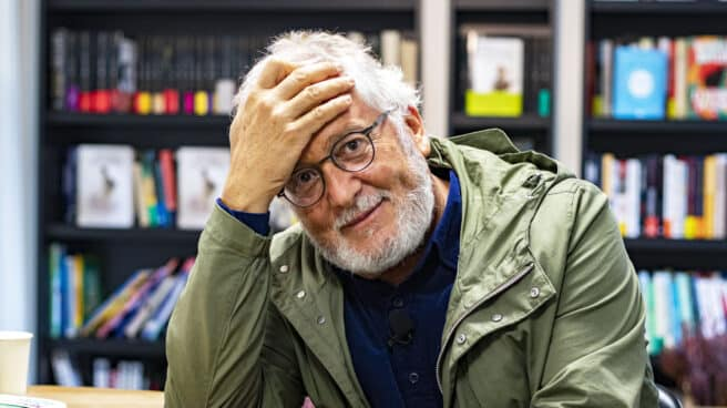 El escritor colombiano Héctor Abad Faciolince, durante su entrevista con El Independiente