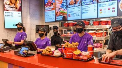 Jollibee, el gigante filipino que llega a España para disputar a KFC y Popeyes la guerra del pollo frito