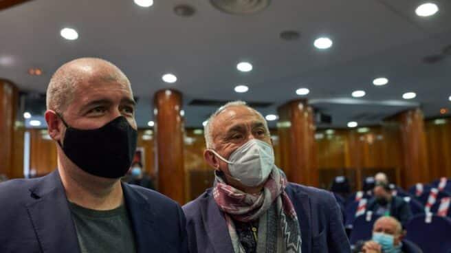 El secretario general de CCOO, Unai Sordo, y el secretario general de UGT, Pepe Álvarez, durante el traspaso de carteras ministeriales en Madrid.