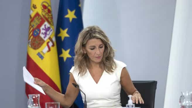 La vicepresidenta segunda y ministra de Trabajo y Economía Social, Yolanda Díaz, en una rueda de prensa posterior al Consejo de Ministros.