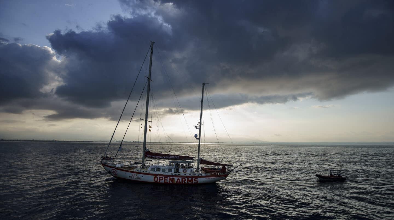 """A bordo del Astral: """"En menos de un mes veremos la llegada de afganos al Mediterráneo"""""""