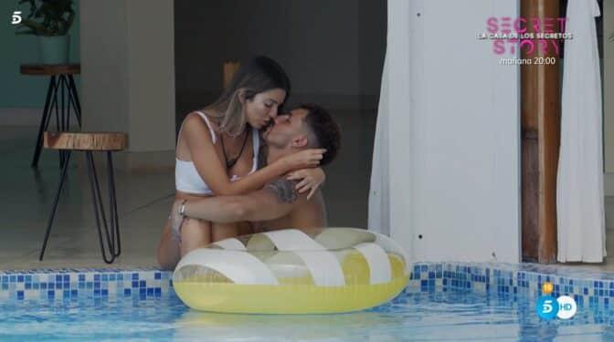 Andrea y Manuel activan la 'luz de la tentación'