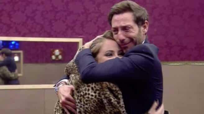 Antonio David Flores y su hija se funden en un abrazo en la casa de Gran Hermano