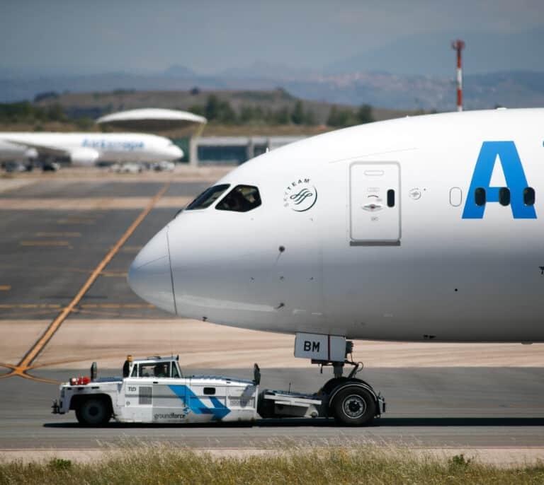 Air Europa sólo logra recuperar la mitad de sus pasajeros respecto al verano de 2019