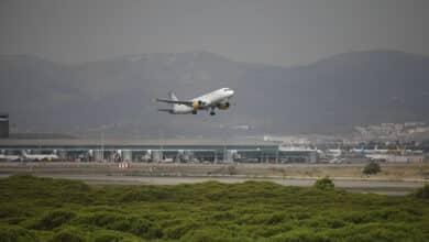 El Prat se hunde ante Zaragoza y Barajas en el transporte de carga aérea