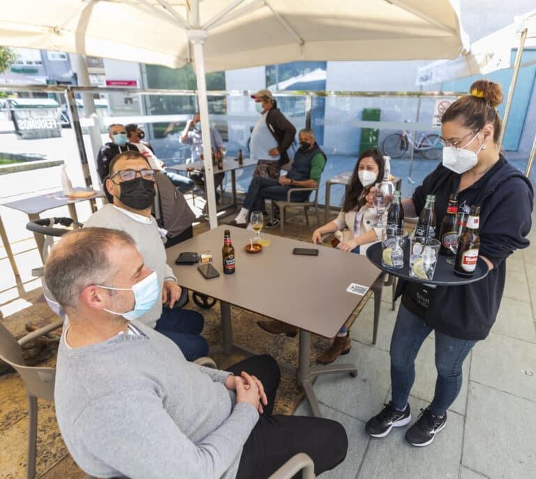 El verano generó más de 900.000 contratos en hostelería, un 29% menos que antes de la pandemia
