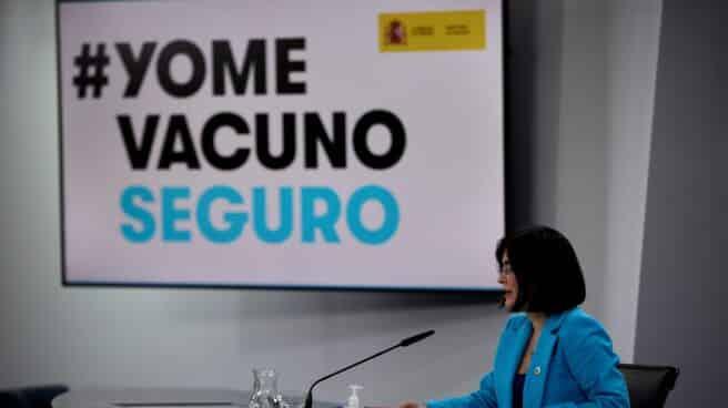 La ministra de Sanidad, Carolina Darias, en una comparecencia informativa en La Moncloa.