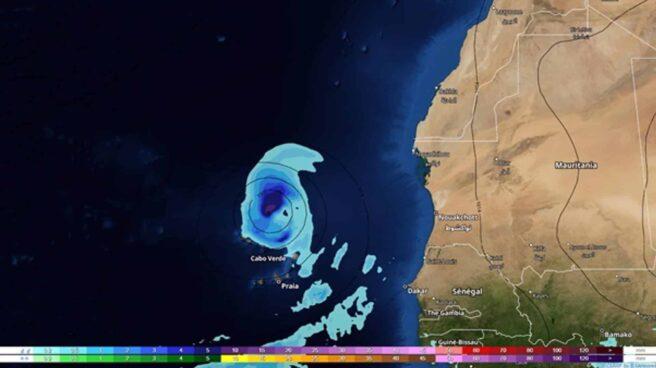 Posible ciclón tropical al norte de Cabo Verde y con tendencia a aproximarse ligeramente a Canarias (mapa con la previsión para el domingo 12 de septiembre)