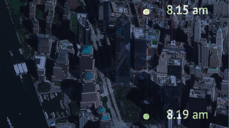 Imagen aerea de la zona 0 del 11S con el horario del primer despegue del avión que impactó