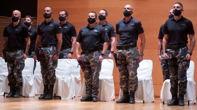 Policías del Grupo Especial de Operaciones (GEO) que trabajaron en la evacuación de Afganistán, en un reciente acto de homenaje.