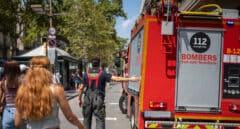 Una persona muere y 18 resultan heridas por un incendio en un edifico de Barcelona
