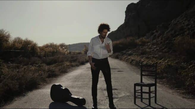 Kiki Morente en su videoclip 'Si Tú Me Quisieras (Soleá Del Coloso)'