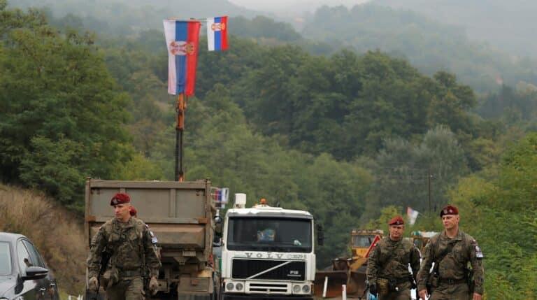 La frontera entre Serbia y Kosovo está tomada desde hace diez días por patrullas militares, policiales y ciudadanas.