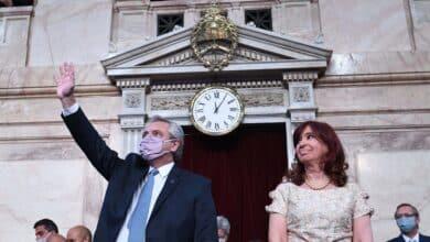 Batacazo electoral de los kirchneristas en las primarias en Argentina
