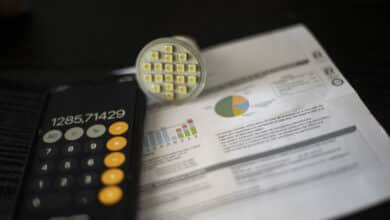 El precio de la luz volverá a batir nuevos récords este martes con el Ejecutivo buscando nuevas fórmulas para abaratarlo