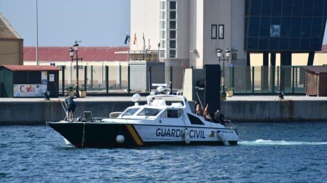 Lancha de la Guardia Civil.