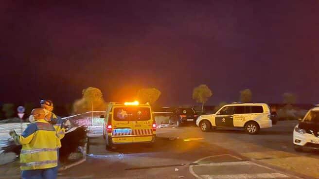 Efectivos de SUMMA 112 y Guardia Civil en el lugar del incidente