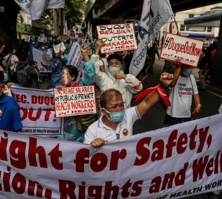 Filipinas amplía el estado de emergencia por el coronavirus un año más