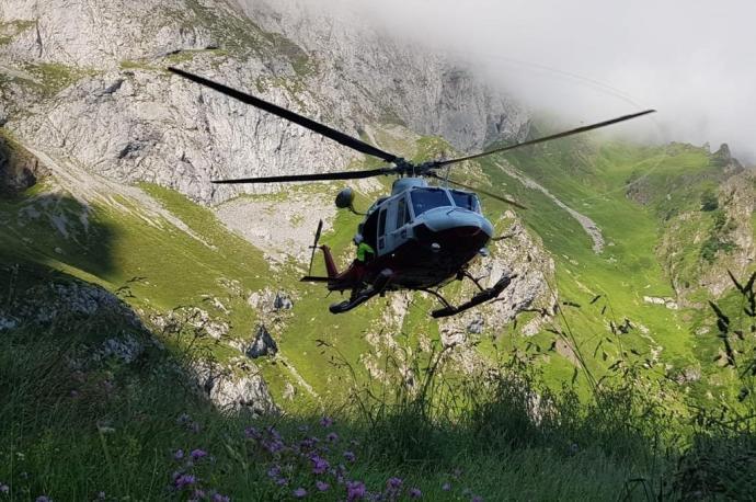 Fallecen dos senderistas al despeñarse por una ladera en Cantabria