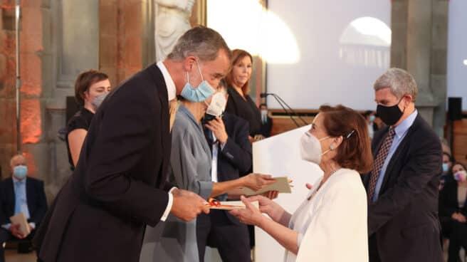Victoria Prego recibe el Premio Nacional de Televisión