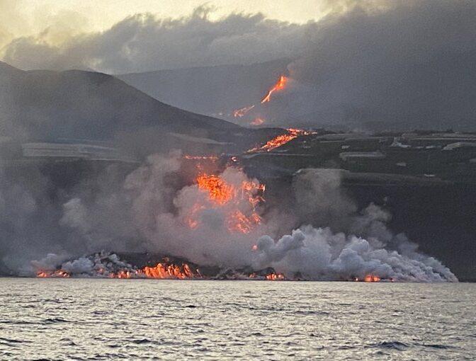 Una 'isla baja' se extiende por el océano haciendo La Palma más grande