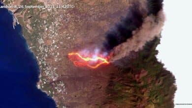 Primeras imágenes del volcán de La Palma a vista de satélite sin nubes