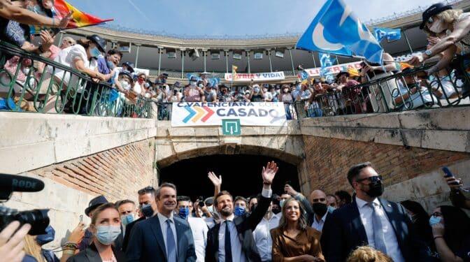 El PP llena de nuevo la plaza de toros de Valencia y reúne a 12.000 personas