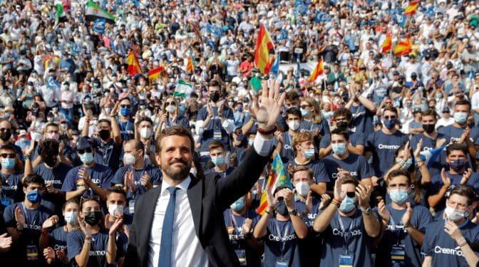 El PP aventaja al PSOE en dos puntos a una semana de su Congreso