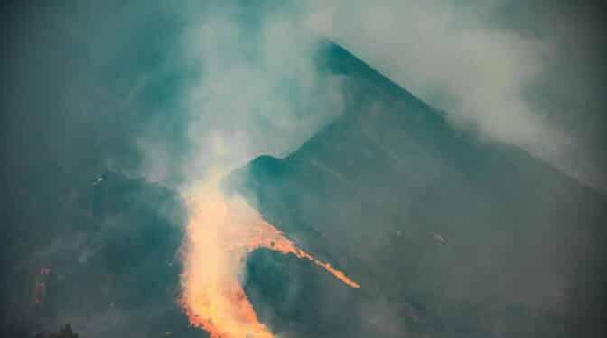 Se derrumba el flanco norte del volcán de La Palma