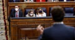 Casado inaugura estrategia y pide renovar el Defensor, el Tribunal Constitucional y el de Cuentas