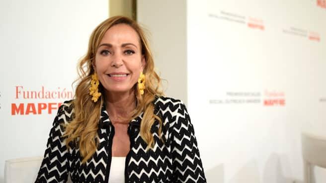 Catalina Escobar recoge en Madrid uno de los Premios Sociales de Fundación Mapfre por su labor al frente de la Juanfe, organización modélica que lleva 20 años luchando contra la mortalidad infantil y la pobreza de las madres adolescentes en Colombia.