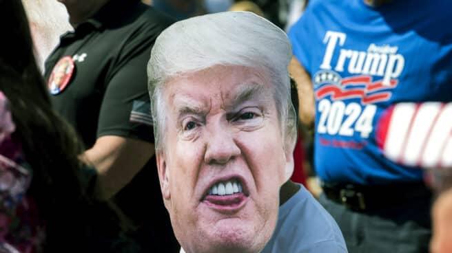 Una imagen de Donald Trump en una manifestación en Georgia, EEUU