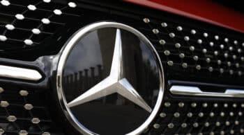 Mercedes-Benz vendió un 30% menos de coches hasta septiembre que en 2020 por la escasez de microchips