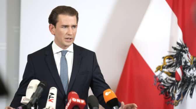 El canciller austriaco, Sebastian Kurz, dimite tras las acusaciones de corrupción