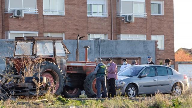 Tractor desde el que ha caído la niña en Tordesillas