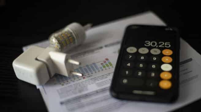 La luz sube un 67 % tras encadenar dos días a la baja hasta 186,46 eurosMWh