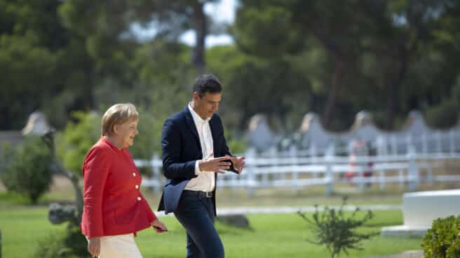 La canciller Angela Merkel y Pedro Sánchez, jefe del gobierno español, en su visita en 2018