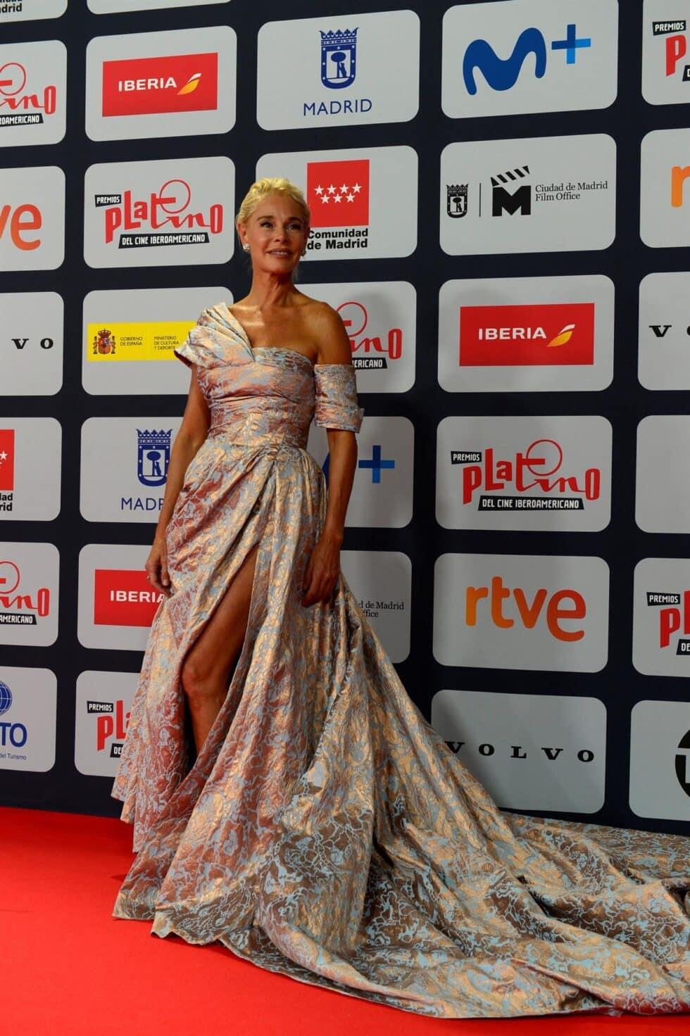 La actriz Belén Rueda, a su llegada a la ceremonia de entrega de los Premios Platino del Cine y el Audiovisual Iberoamericano que se celebra este domingo en Madrid