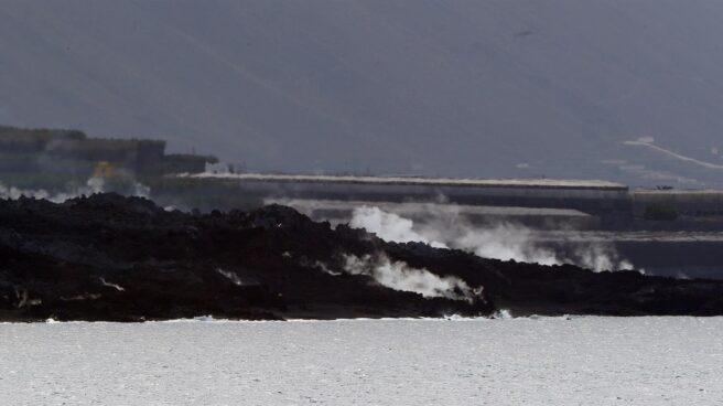 Así avanza el delta de lava procedente del volcán de La Palma.