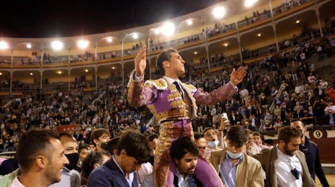 Ginés Marín sale a hombros de los jóvenes de Las Ventas en otra gran tarde de Morante de la Puebla
