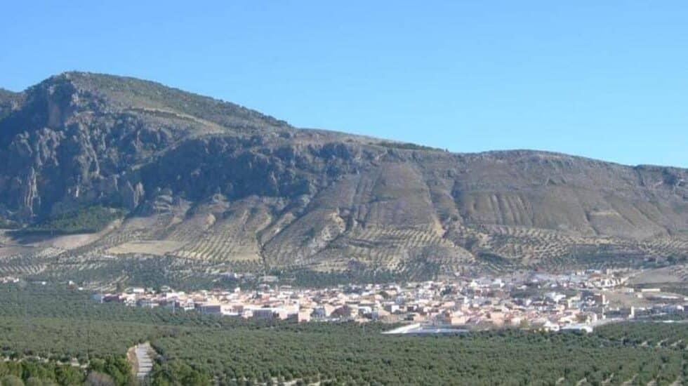 Panorámica del municipio de Huesa (Jaén) desde la Sierra del Caballo.