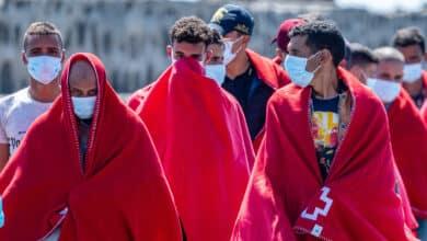 Interior contrató a Trasmediterránea en agosto para trasladar a migrantes a Argelia