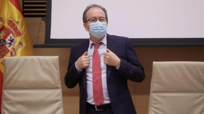 El presidente del Consejo de Transparencia y Buen Gobierno, José Luis Rodríguez, en una comparecencia.