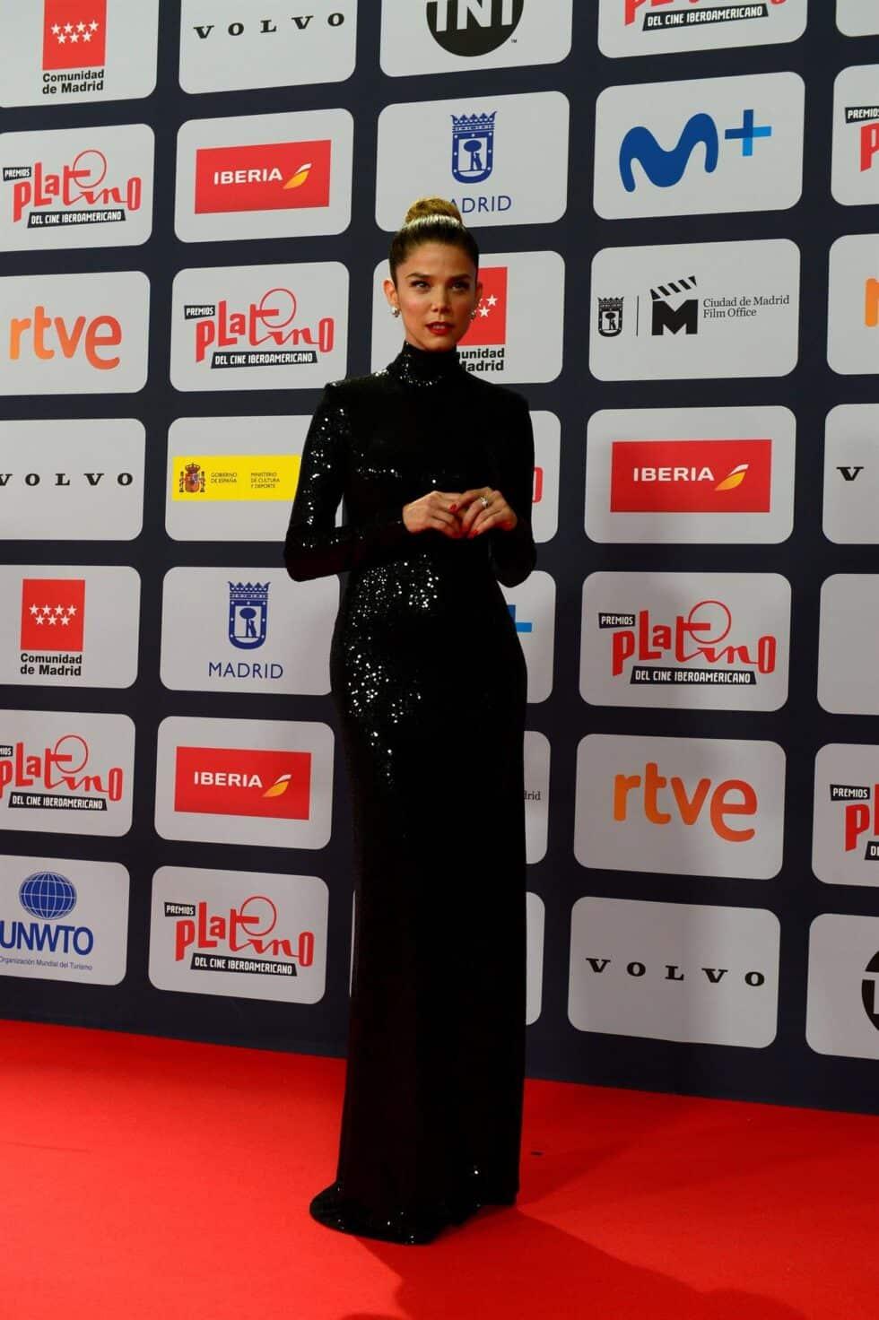 La actriz Juana Acosta, a su llegada a la ceremonia de entrega de los Premios Platino del Cine y el Audiovisual Iberoamericano que se celebra este domingo en Madrid