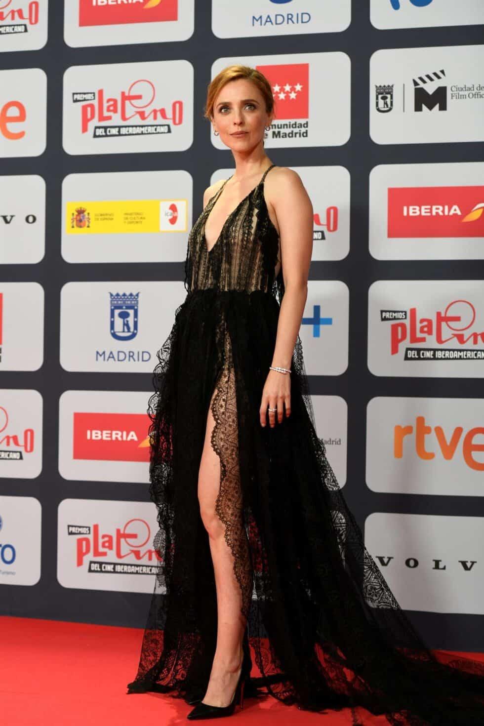 La actriz y directora Leticia Dolera a su llegada a la ceremonia de entrega de los Premios Platino del Cine y el Audiovisual Iberoamericano que se celebra este domingo en Madrid