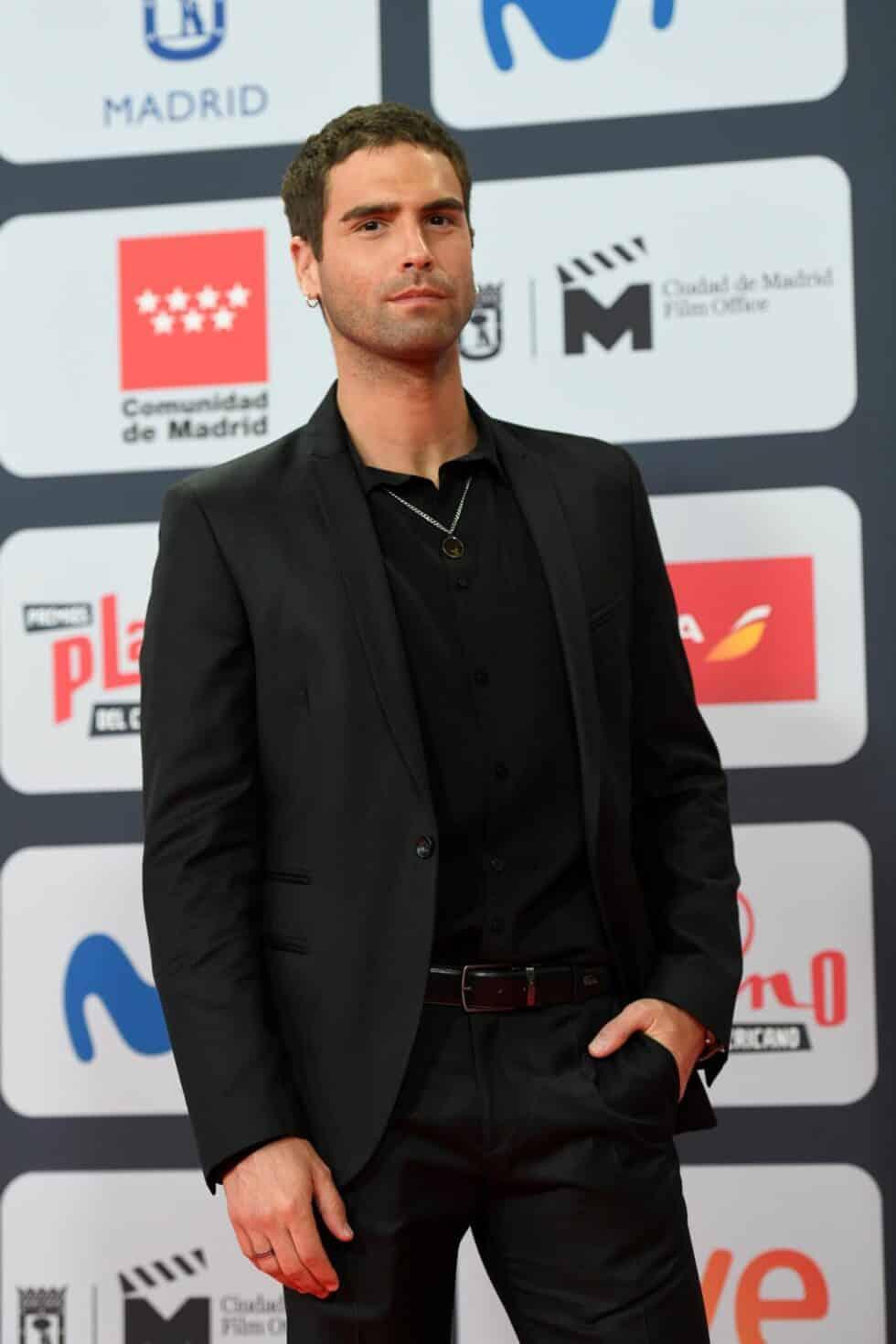 El actor uruguayo Nicolás Furtado, a su llegada a la ceremonia de entrega de los Premios Platino del Cine y el Audiovisual Iberoamericano que se celebra este domingo en Madrid