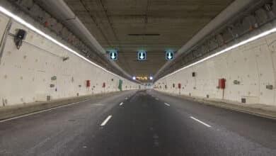 Muere un motorista tras perder el control de su ciclomotor en el túnel de la M-30