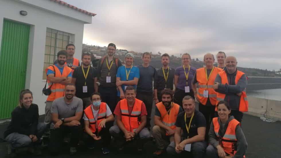 Algunos de los investigadores internacionales que están ayudando a monitorizar el volcán de La Palma