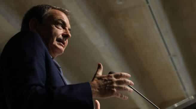 El ex presidente del Gobierno José Luis Rodríguez Zapatero, en una comparecencia pública.